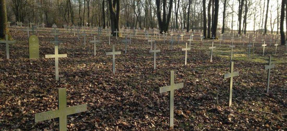 La sepultura de los difuntos y la conservación de las cenizas