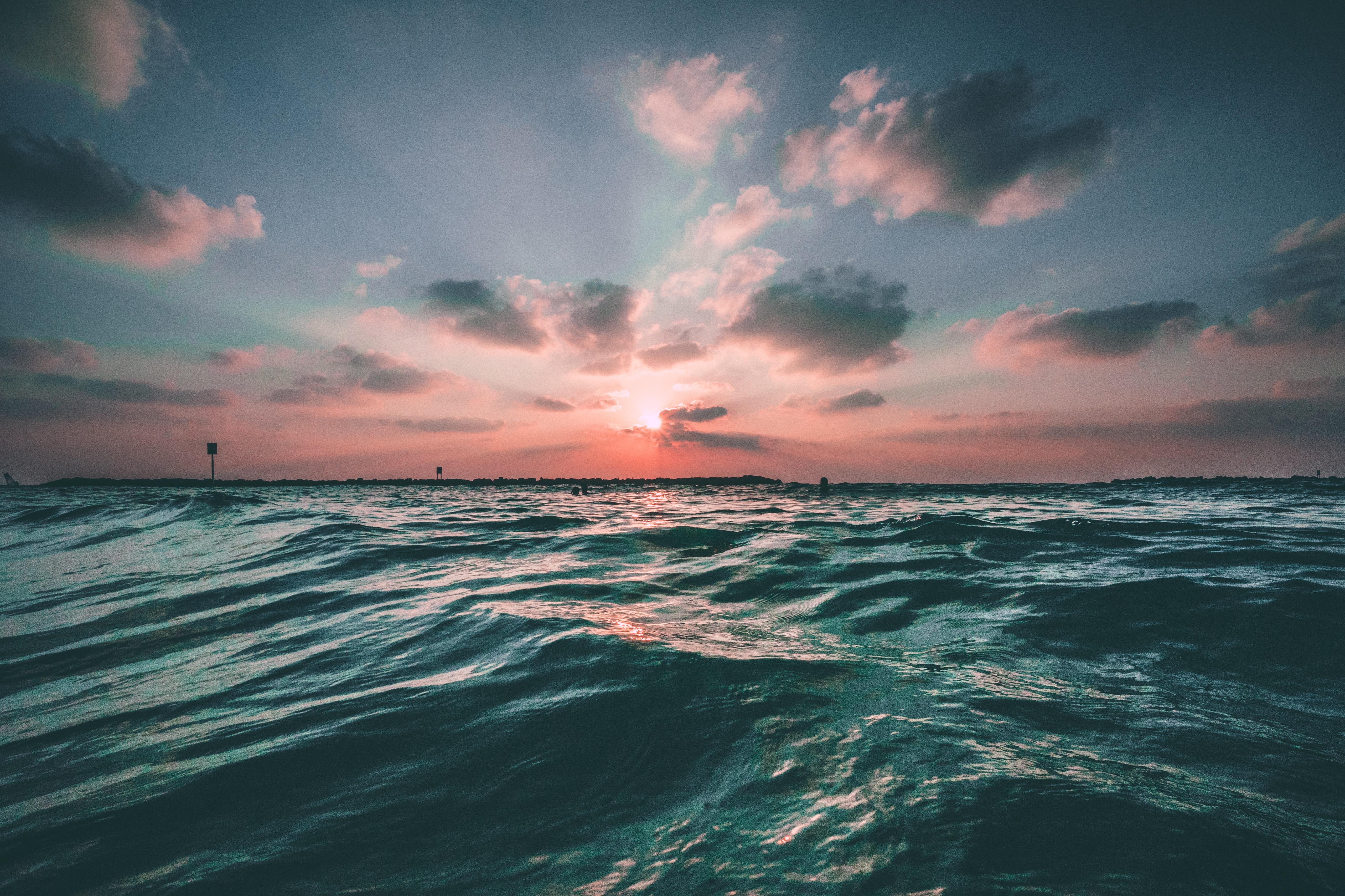 cenizas en el mar sostenible